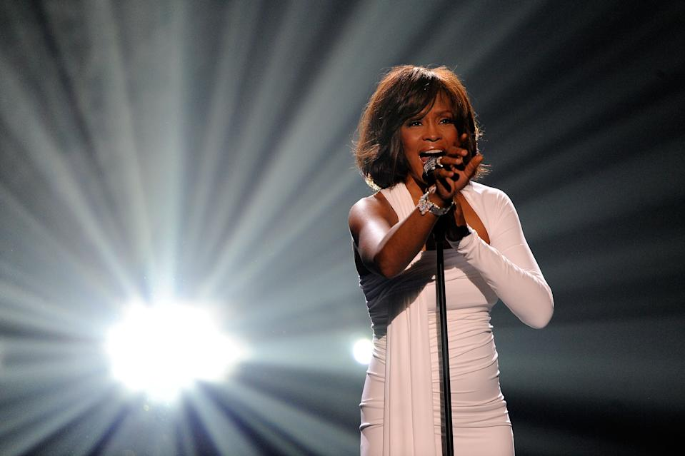 Whitney Houston tragically passed away in 2012, but eight years after her passing a hologram tour will hit the UK and Ireland. (Getty)
