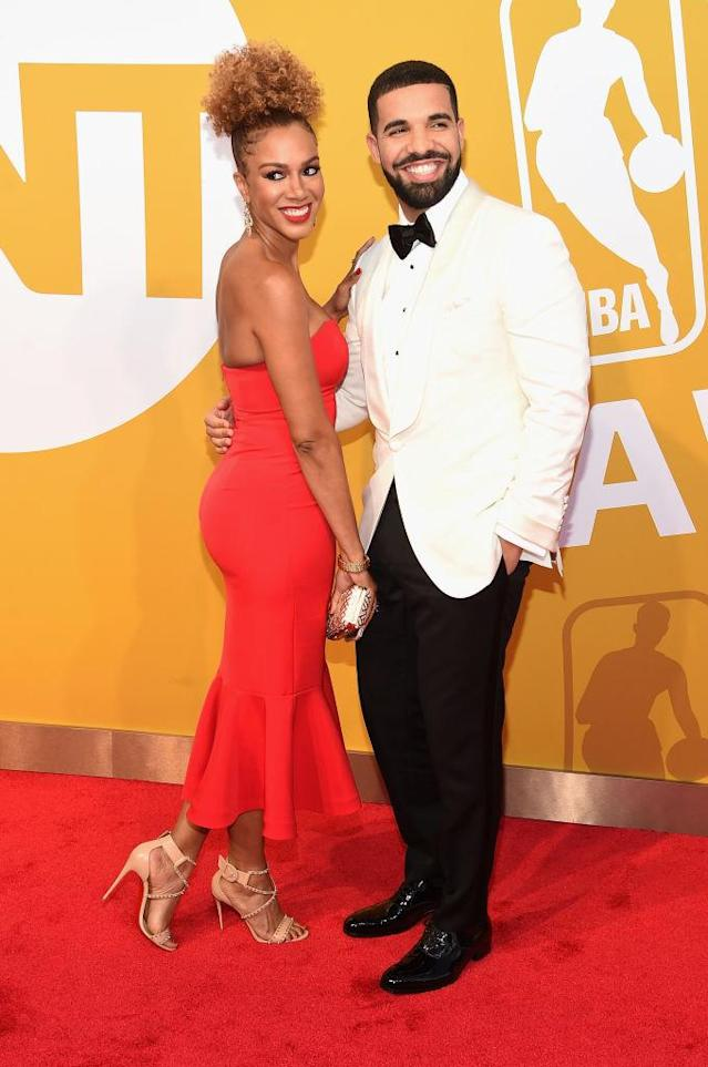 Drake cheesed in a big way as he escorted Rosalyn Gold-Onwude to the 2017 NBA Awards on June 26. (Photo: Jamie McCarthy/Getty Images for TNT)