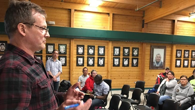 'We're walking a very fine line': Cambridge Bay mulls beer and wine store
