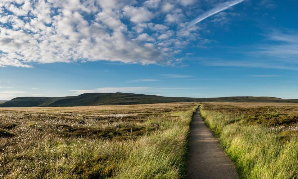 A section of long-distance footpath over the hills near Glossop, UK.