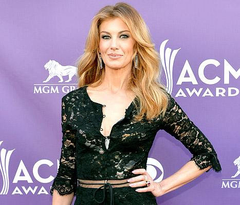 """Faith Hill Leaves Sunday Night Football: It Was a """"Difficult Decision"""""""