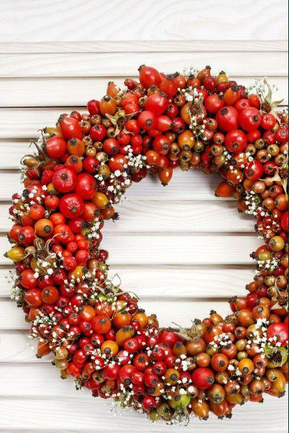 """<p>This berry intricate piece might look tricky, but it's actually super-simple to put together thanks to a foam wreath form.</p><p><strong>Get the tutorial at <a href=""""https://gardentherapy.ca/a-bounty-of-diy-wreaths/"""" rel=""""nofollow noopener"""" target=""""_blank"""" data-ylk=""""slk:Garden Therapy"""" class=""""link rapid-noclick-resp"""">Garden Therapy</a>.</strong> </p>"""