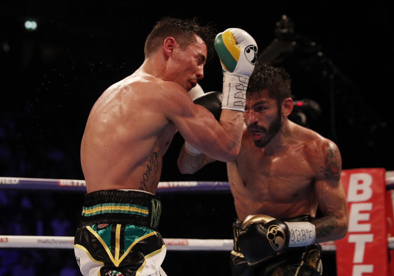 Britain Boxing - Jorge Linares v Anthony Crolla WBA World Lightweight Title - Manchester Arena - 25/3/17 Jorge Linares in action with Anthony Crolla Action Images via Reuters / Lee Smith Livepic EDITORIAL USE ONLY.