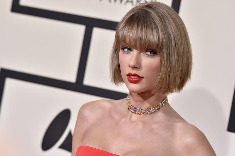 Taylor Swift Skipped the Grammys to Root for Joe Alwyn