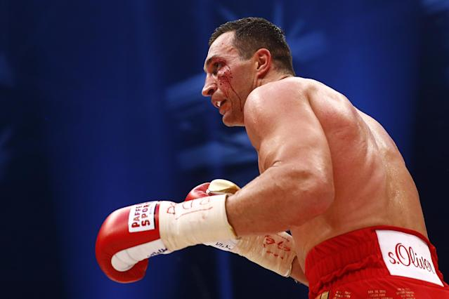 Boxing - Wladimir Klitschko v Tyson Fury WBA, IBF & WBO Heavyweight Title's - Esprit Arena, Dusseldorf, Germany - 28/11/15 Wladimir Klitschko with a cut to the face during the fight Reuters / Kai Pfaffenbach Livepic
