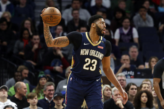 "<a class=""link rapid-noclick-resp"" href=""/nba/teams/new-orleans/"" data-ylk=""slk:Pelicans"">Pelicans</a> star <a class=""link rapid-noclick-resp"" href=""/nba/players/5007/"" data-ylk=""slk:Anthony Davis"">Anthony Davis</a> is expected to miss time with a sprained left index finger. (AP Photo/Jim Mone)"