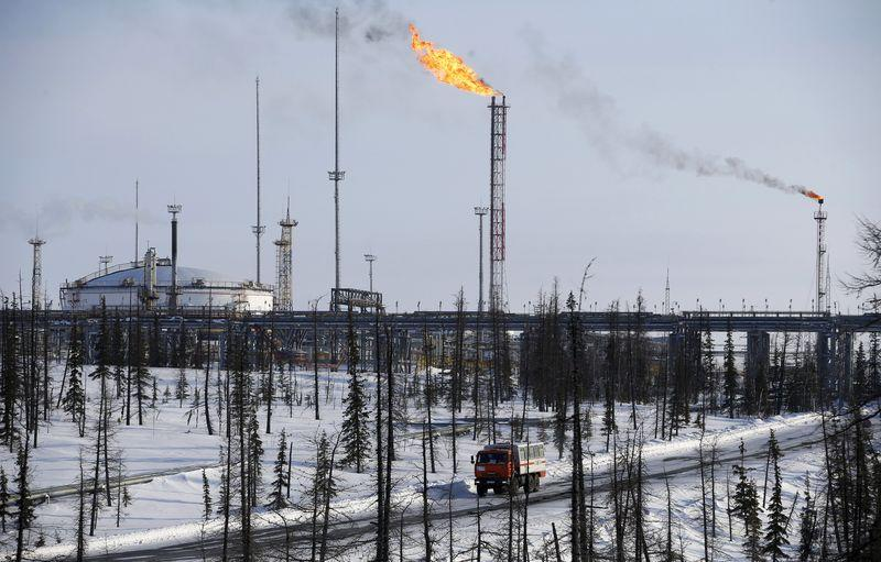cabGeneral view shows oil treatment facilities at Vankorskoye oil field owned by Rosneft company north of Krasnoyarsk
