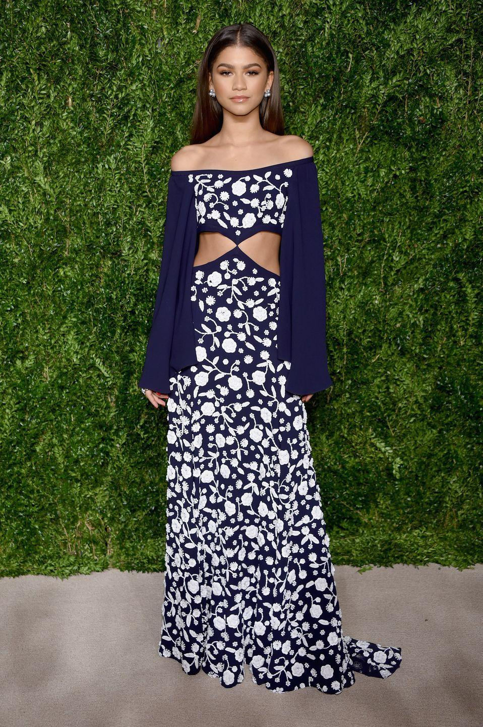 <p>Who doesn't love some nice embroidery? At the 2016 CFDA/Vogue Fashion Fund Awards, she wore this detailed Michael Kors Collection dress with contrasting white florals. </p>