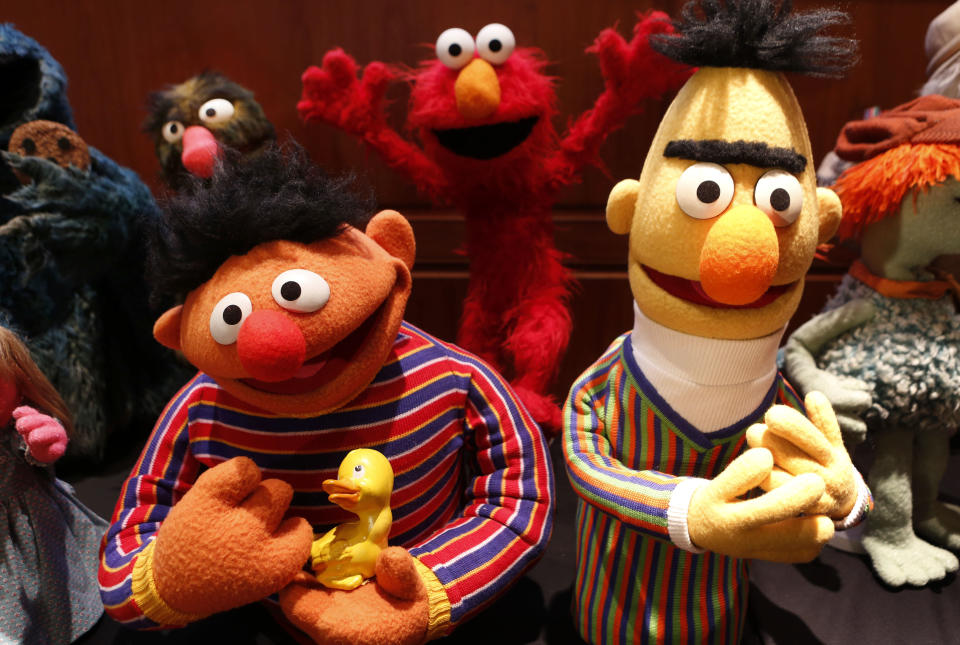Puppets Ernie (L) and Bert from Sesame Street are seen after they were donated to the National Museum of American History to the Smithsonian's National Museum of American History in Washington September 24, 2013.  REUTERS/Larry Downing  (UNITED STATES - Tags: SOCIETY ENTERTAINMENT)