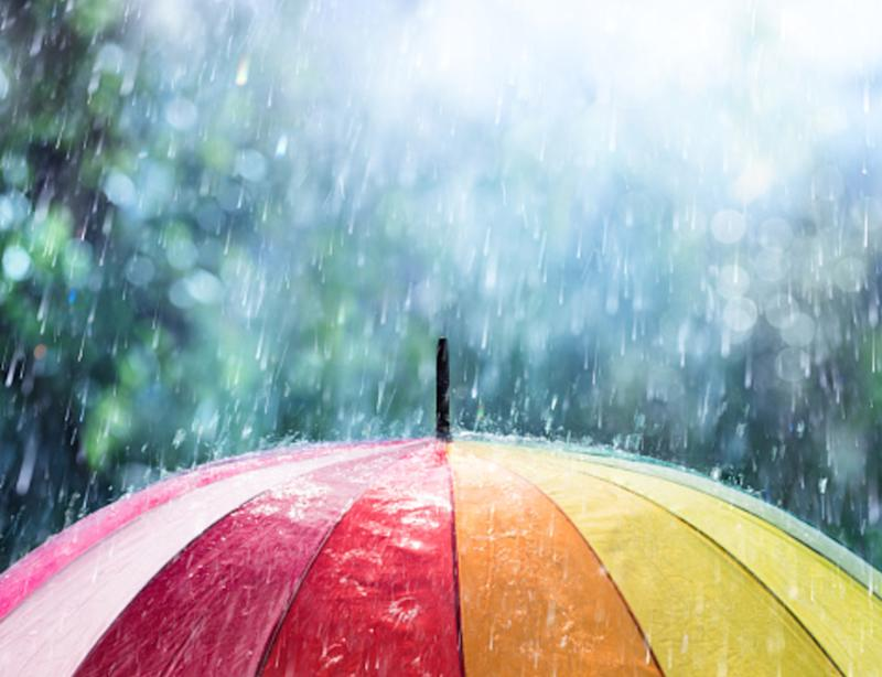 Ontario: Lingering showers into Monday, calm conditions ahead