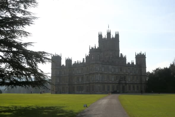 Downton fans get chance to stay at Highclere castle in charity auction
