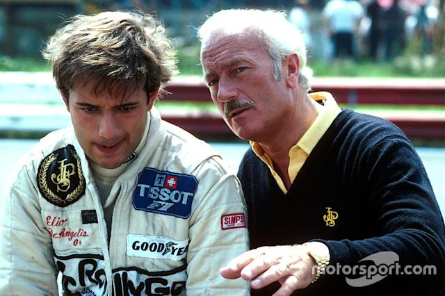 "Elio de Angelis, Colin Chapman, Team Lotus <span class=""copyright"">Sutton Motorsport Images</span>"