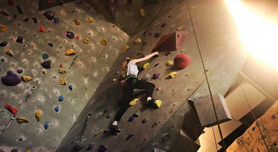 """<p>Motivation! """"They told me there was a brownie at the top,"""" joked Ryan Reynolds' honey, as she took on a rock wall. <br />(Photo: <a rel=""""nofollow"""" href=""""https://www.instagram.com/p/BZkZaN9gdyN/?taken-by=blakelively"""">Blake Lively via Instagram</a>) </p>"""