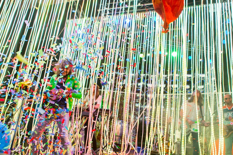 Vocalist Wayne Coyne of the Flaming Lips performs during a surprise concert at the Observatory on Sunday, Oct. 11, 2015, in Santa Ana, Calif. (Photo by Paul A. Hebert/Invision/AP)