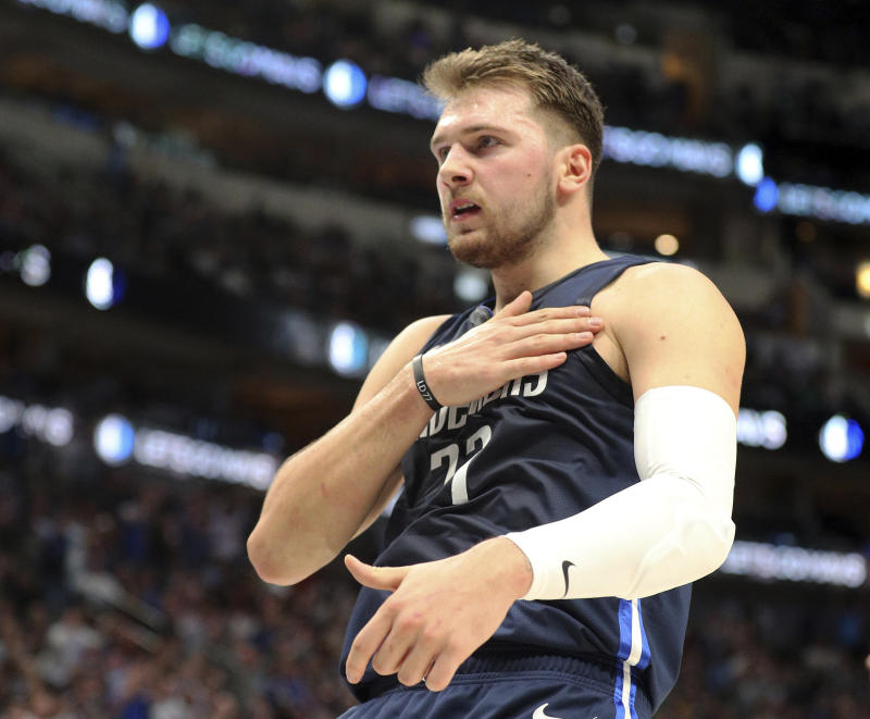 MAVERICKS MAGIC DONCIC