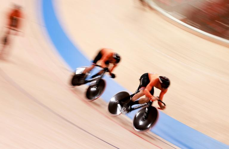 The Netherlands crushed Britain in the final of the men's team sprint in the Izu Velodrome on Tuesday