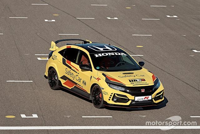 """Honda Civic Type R Limited Edition Safety Car <span class=""""copyright"""">WTCR </span>"""