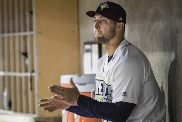 The Mets GM defended Tim Tebow after an opposing team mocked him. (AP)