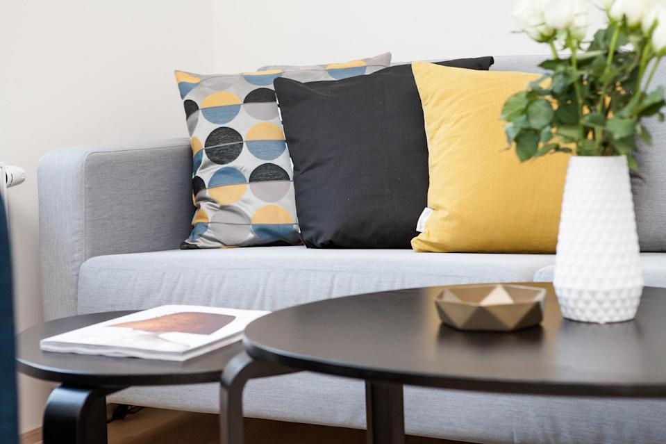 """Living rooms can almost be left to their own devices (but """"almost"""" is the key word here) [Photo: Pexels]"""