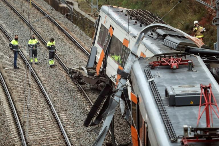 The train, travelling between Manresa and Barcelona, derailed due to a landslide following several days of heavy rain in the region, train operator Adif said