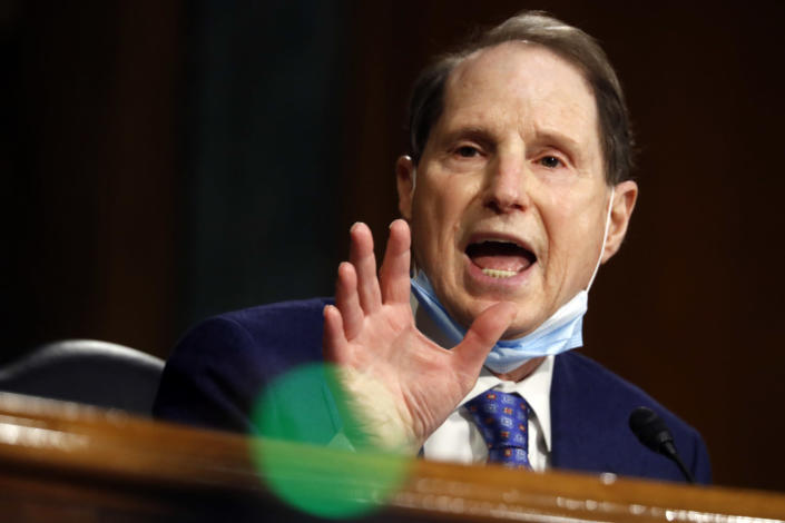 Image: Ron Wyden (Andrew Harnik / Getty Images file)
