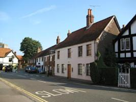 """2005's """"best restaurant in the world,"""" The Fat Duck. Credit: Wikimedia Commons"""