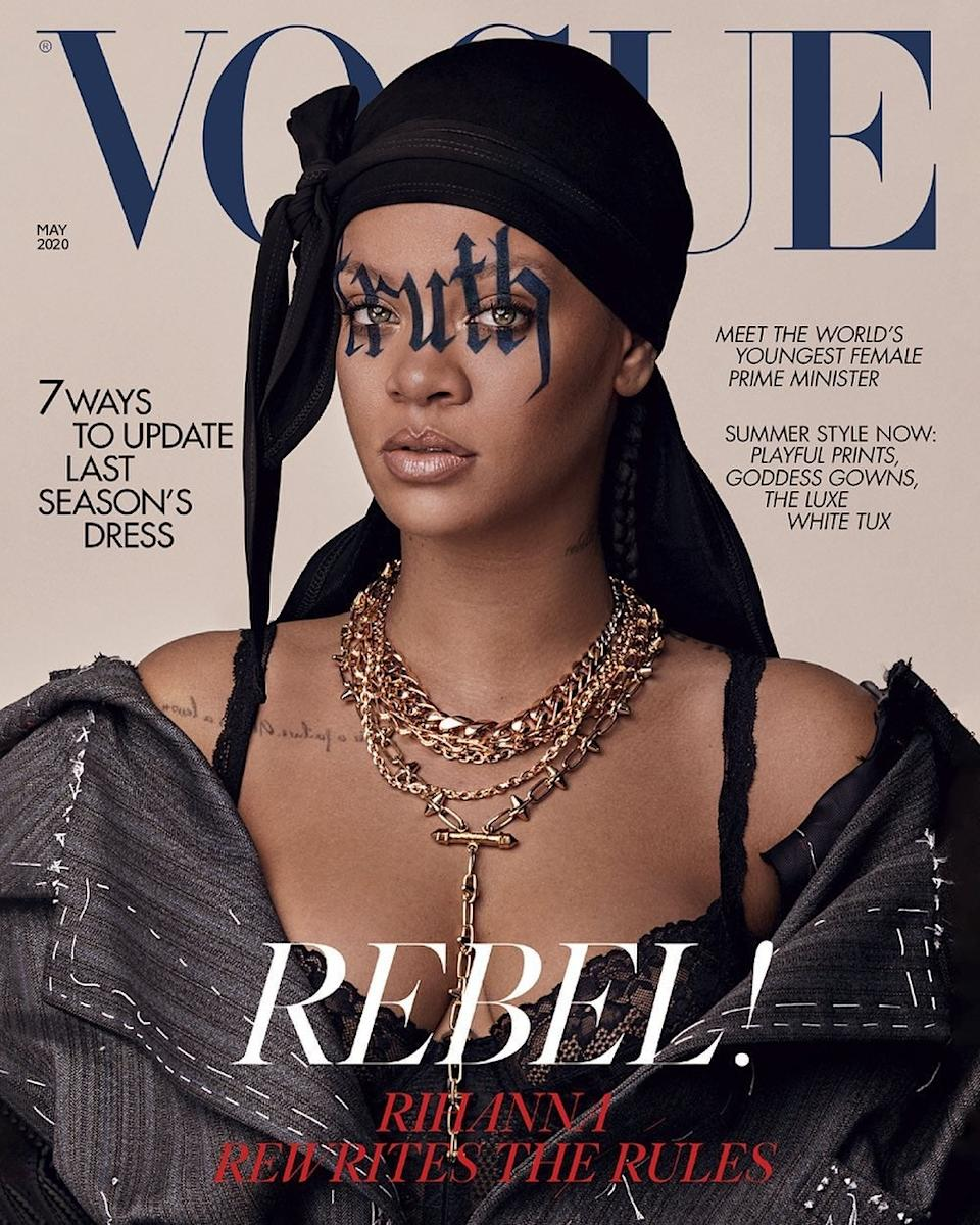 Two covers: Rihanna fans can take thier pick - oy buy both (Vogue)