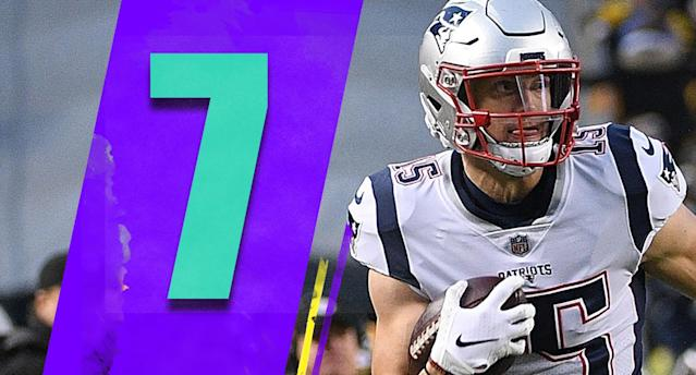 <p>The Patriots are a miserable 3-5 on the road this season and they've lost a grip on the No. 2 seed. They'v turned things around before, but the road is a lot tougher this season. (Chris Hogan) </p>