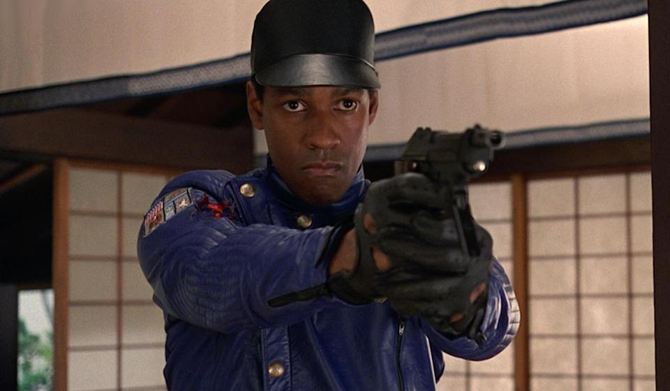 <p>Nominated for: Actor in a Motion Picture, Drama, Fences Embarrassing Role: It's time for a bit of '90s cheese with Virtuosity – a film about an escaped VR criminal (actually, an amalgamation of the most violent serial killers in history) which is then tracked down by a leather-clad Denzel Washington. </p>