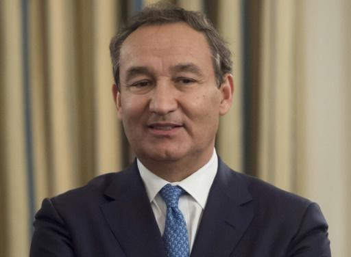 United CEO Munoz no longer to become chairman