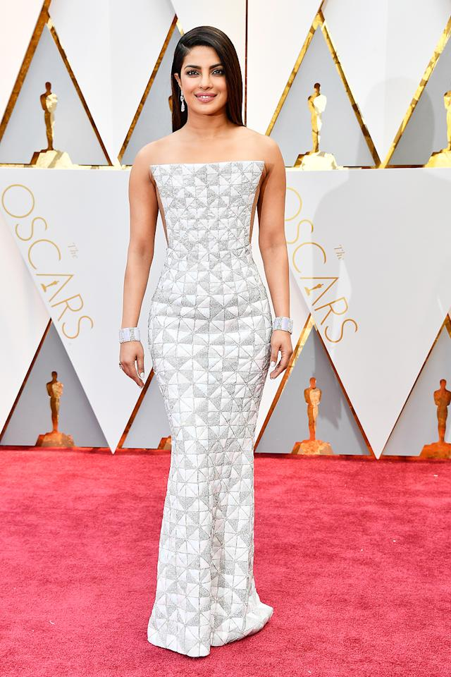 <p>Priyanka Chopra attends the 89th Annual Academy Awards at Hollywood & Highland Center on February 26, 2017 in Hollywood, California. (Photo by Frazer Harrison/Getty Images) </p>