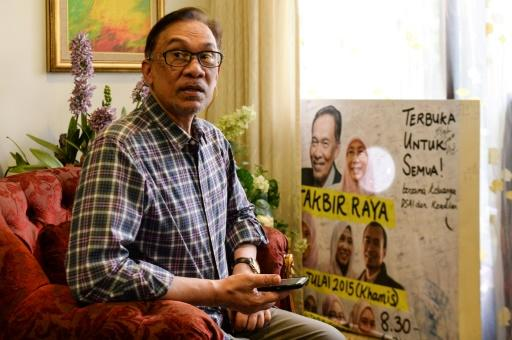 Anwar Ibrahim said he expects to re-enter parliament soon, but would not take up a cabinet post or the prime ministership just yet
