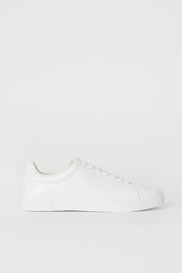"<p>These <a href=""https://www.popsugar.com/buy/HampM-Sneakers-447682?p_name=H%26amp%3BM%20Sneakers&retailer=www2.hm.com&pid=447682&price=25&evar1=fab%3Aus&evar9=47577717&evar98=https%3A%2F%2Fwww.popsugar.com%2Fphoto-gallery%2F47577717%2Fimage%2F47578104%2FHM-Sneakers&list1=shoes%2Csneakers%2Csummer%2Csummer%20fashion%2Cfashion%20shopping&prop13=api&pdata=1"" rel=""nofollow"" data-shoppable-link=""1"" target=""_blank"" class=""ga-track"" data-ga-category=""Related"" data-ga-label=""https://www2.hm.com/en_us/productpage.0622966014.html"" data-ga-action=""In-Line Links"">H&amp;M Sneakers</a> ($25) are a great affordable option.</p>"