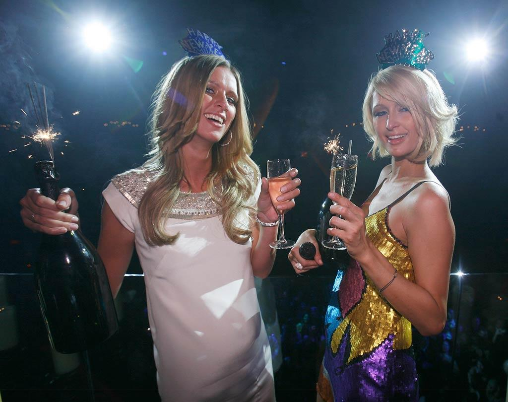 """Nicky and Paris Hilton hosted a star-studded New Year's Eve party at LAX Nightclub in Las Vegas. According to rumors, the dynamic duo was paid a cool $1 million for the appearance. Chris Weeks/<a href=""""http://www.wireimage.com"""" target=""""new"""">WireImage.com</a> - December 31, 2007"""
