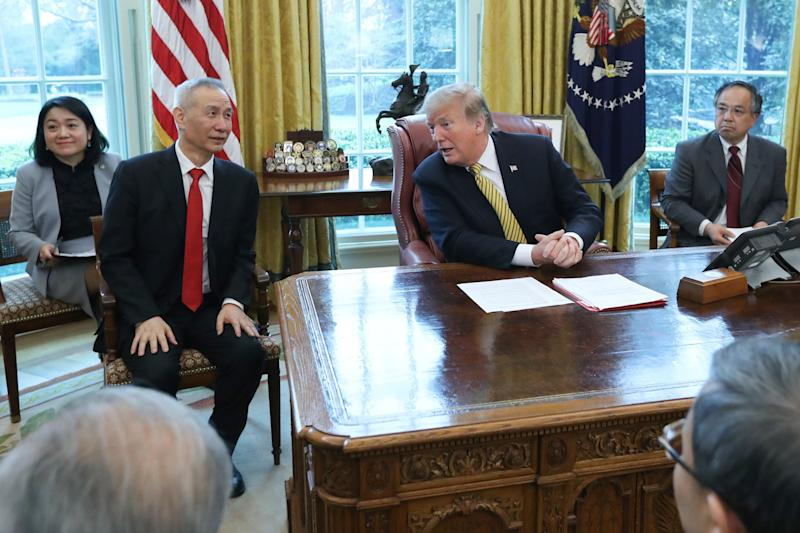U.S. President Donald Trump meets with China's Vice Premier Liu He in the Oval Office of the White House in Washington, U.S., April 4, 2019. REUTERS/Jonathan Ernst