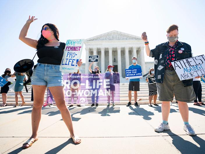 Anti-abortion protesters gather outside the Supreme Court of the United States. (EPA)