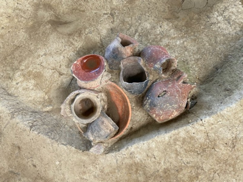 Painted pottery vessels (from Qiaotou platform mound) for serving drinks and food (Image by Jiajing Wang)