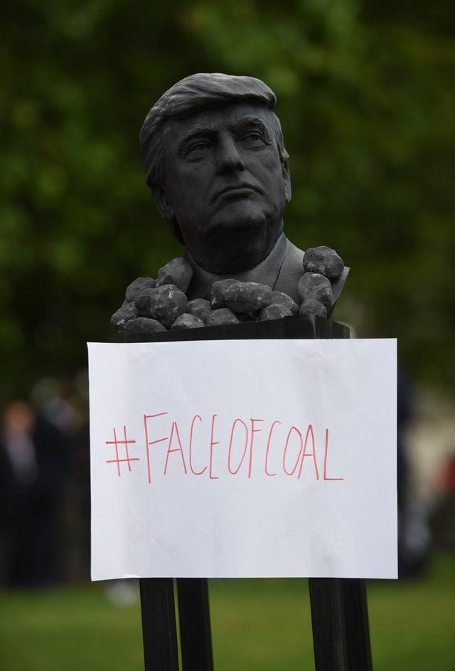 Protesters displayed a bust of Donald Trump outside Buckingham Palace