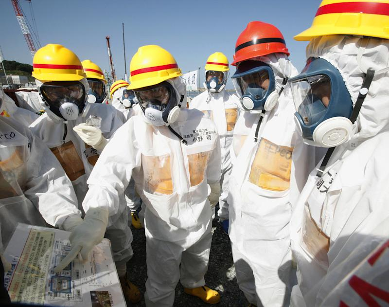 Japan PM wants Fukushima plant entirely scrapped