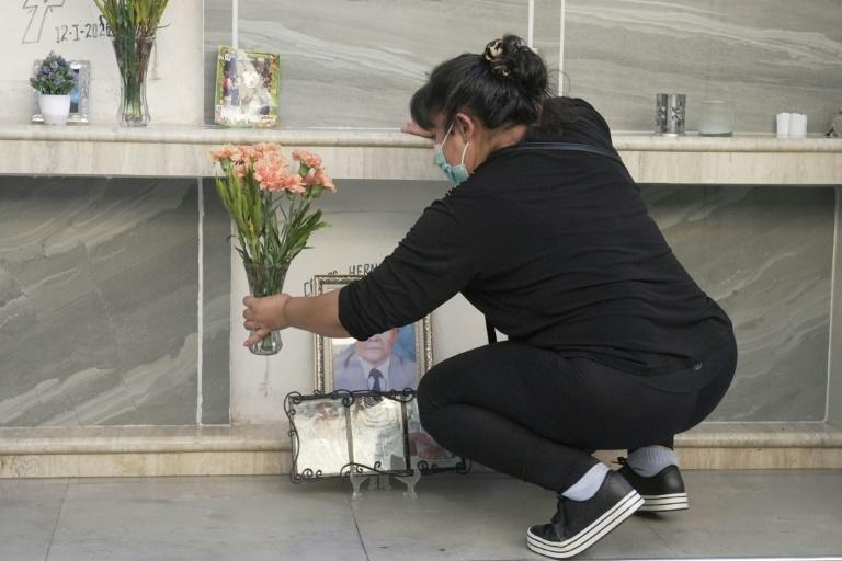 The two crematoria at Cochabamba's cemetery have been so busy that there was a wait of up to four days