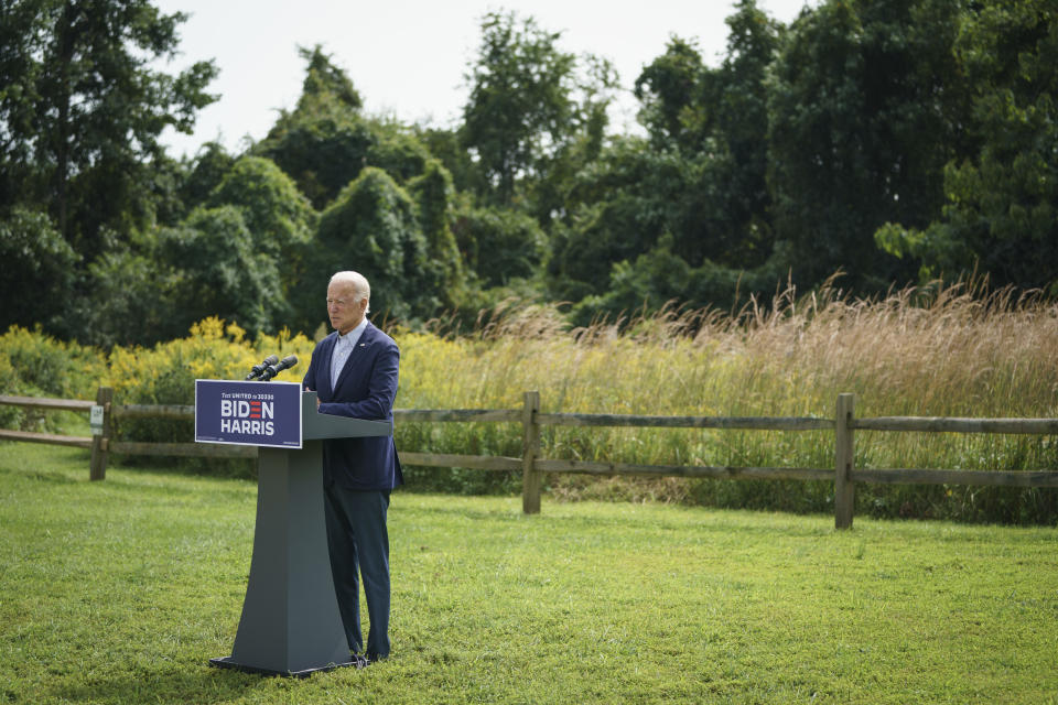 Joe Biden speaks about climate change and the wildfires on the West Coast a the Delaware Museum of Natural History on September 14, 2020 in Wilmington, Delaware. Photo: Drew Angerer/Getty Images