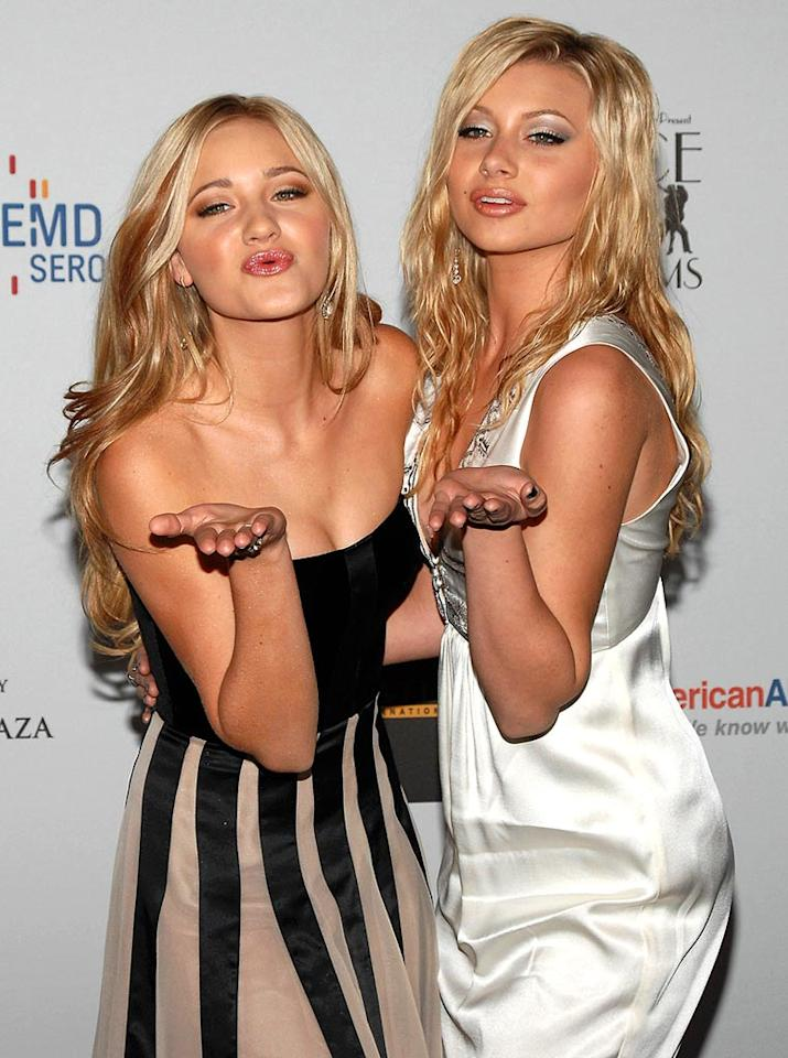 "Singing sisters AJ and Aly Michalka deliver double the kisses. John Sciulli/<a href=""http://www.wireimage.com"" target=""new"">WireImage.com</a> - April 14, 2007"