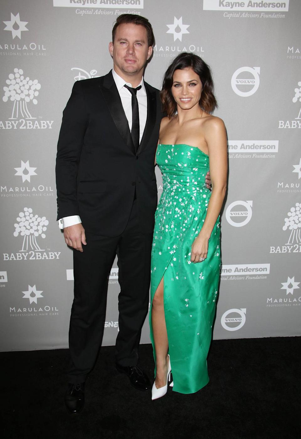 With her hubby Channing Tatum on her arm, Jenna Dewan Tatum walked the red carpet in an emerald green Monique Lhuillier dress. The actress, who's mum to daughter Everly, finished her look with white pumps and kept her lob loose. [Photo: Rex]