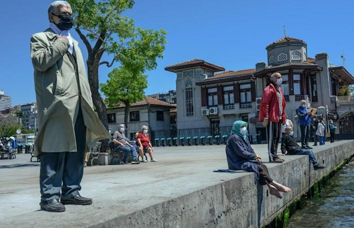 Restrictions were also being loosened in Turkey, after a month and a half of lockdon (AFP Photo/Bulent Kilic)