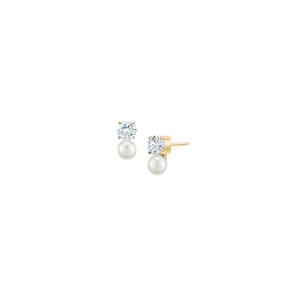 "Two classic jewelry staples, diamonds and pearls, <a href=""http://jemmawynne.com/jewelry/prive-petite-black-diamond-and-grey-pearl-studs/"">combined into one</a> from Jemma Wynne."