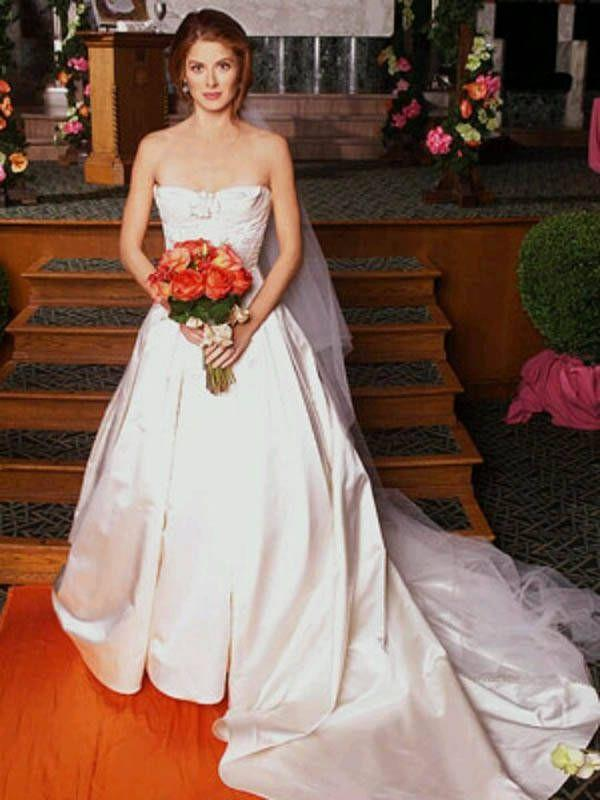 <p>In season 5, Grace pulls a Priyanka Chopra and Nick Jonas by getting married to Leo, her boyfriend of two months. Will obviously walks Grace down the aisle, and even though she and Leo get divorced, they remarry by the end of the series. </p>