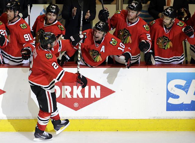 What We Learned: Blackhawks playing dangerous game on defense