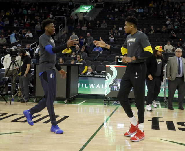 """<a class=""""link rapid-noclick-resp"""" href=""""/nba/teams/la-lakers/"""" data-ylk=""""slk:The Lakers"""">The Lakers</a> have acquired a depth forward with an interesting last name. (AP Photo/Aaron Gash)"""
