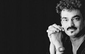 Smriti Irani, Shashi Tharoor and others condole demise of 'iconic' fashion designer Wendell Rodricks