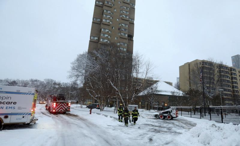 5 Dead and 4 Injured in Fire at High-Rise Building in Minneapolis